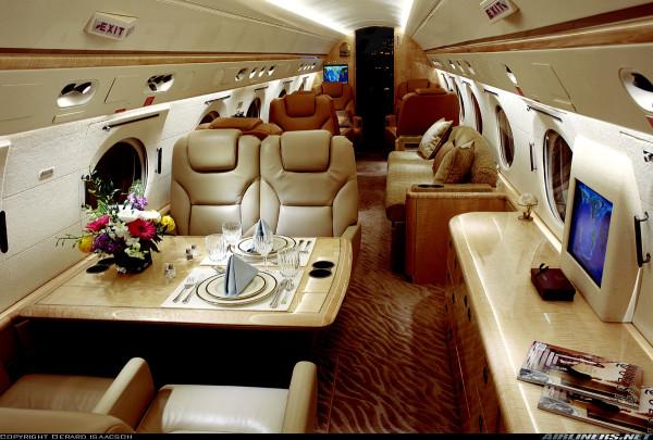 los-10-interiores-de-aviones-mas-lujosos-cenas