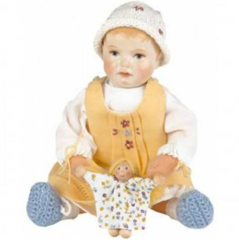 Käthe Kruse - Anna With Doll