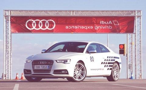 Audi-driving-experience-asfalto-2013