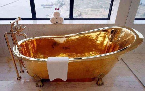 Bañera de oro